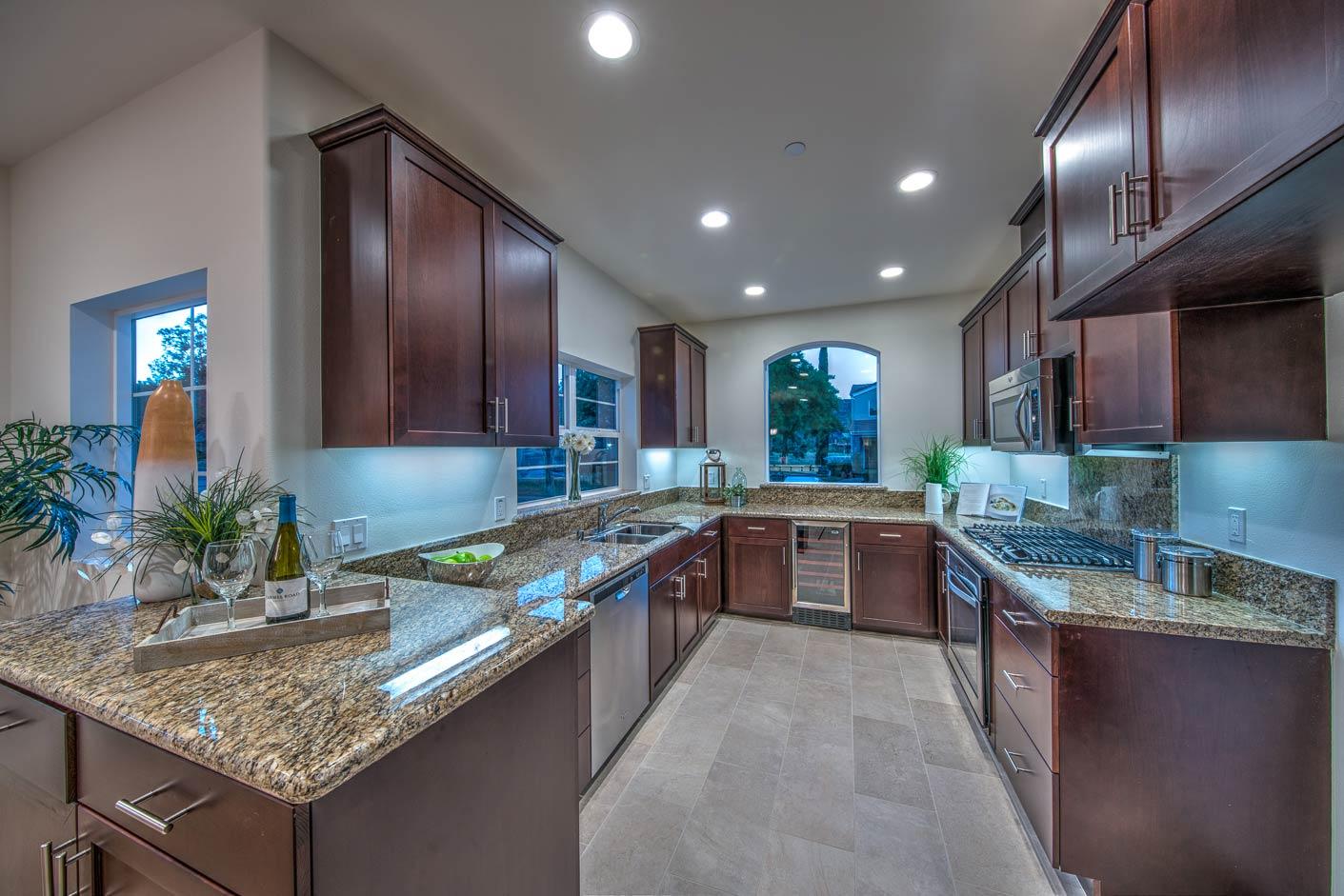 Bear Creek Villas, Murrieta Kitchen